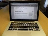 a20121010 wordpress on laptop