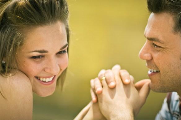Flirting-Signals