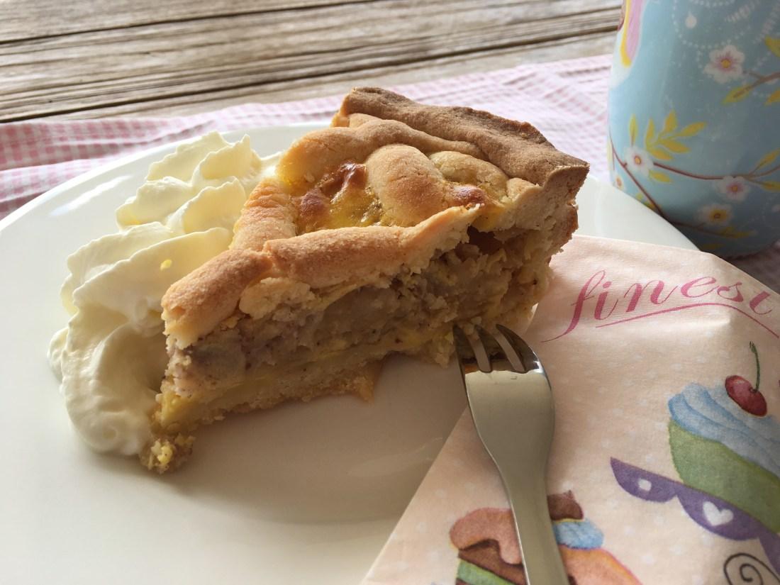 the sunny side of kids, tssok, apfelkuchen, der beste Apfelkuchen der Welt, welcher Apfelkuchen schmeckt am Besten, Apfelkuchen mit guß, Apfel, Kuchen, Vorarlberg, Gitterkuchen, wenn gäste kommen, was backen wenn gäste kommen, einfache Rezepte, backen ganz einfach