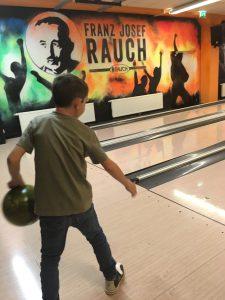 bowling mit Kindern, bowlingcenter Lauterach, familienbowling
