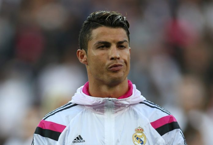 """Cristiano: """"The difference with Messi is that I won the 'Champions' with different clubs"""""""