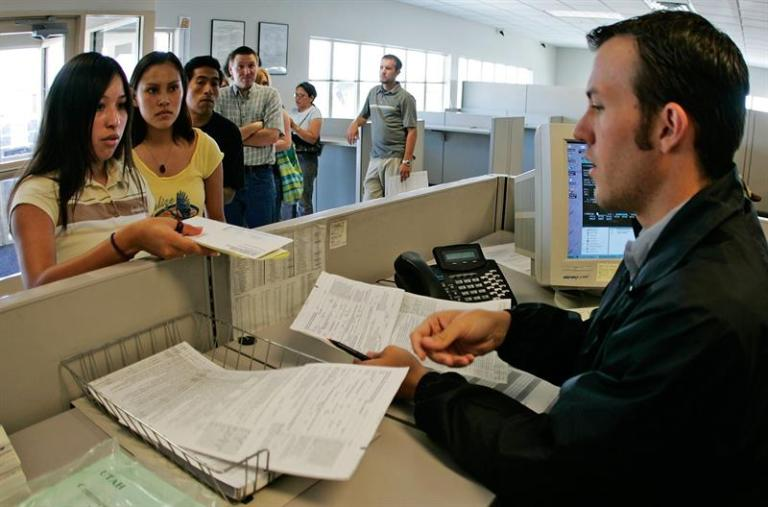 New York City urges state to give driver's license to undocumented