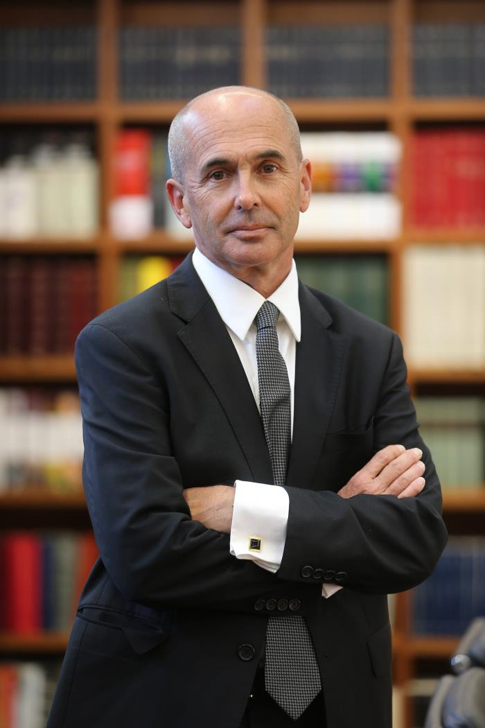 """Don Winslow contradicts Trump's rhetoric about the border in """"The Border"""""""