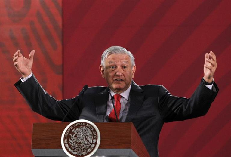 """López Obrador says that we can no longer talk about """"state crime"""" in the Ayotzinapa case"""