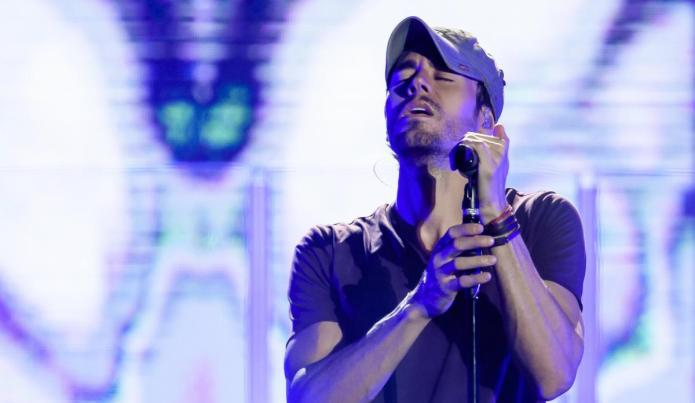 Enrique Iglesias will be recognized as 'Latin Artist of All Time' at the Billboard Awards