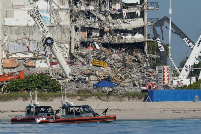 """Miami authorities halt search of collapsed building due to """"structural issues"""""""