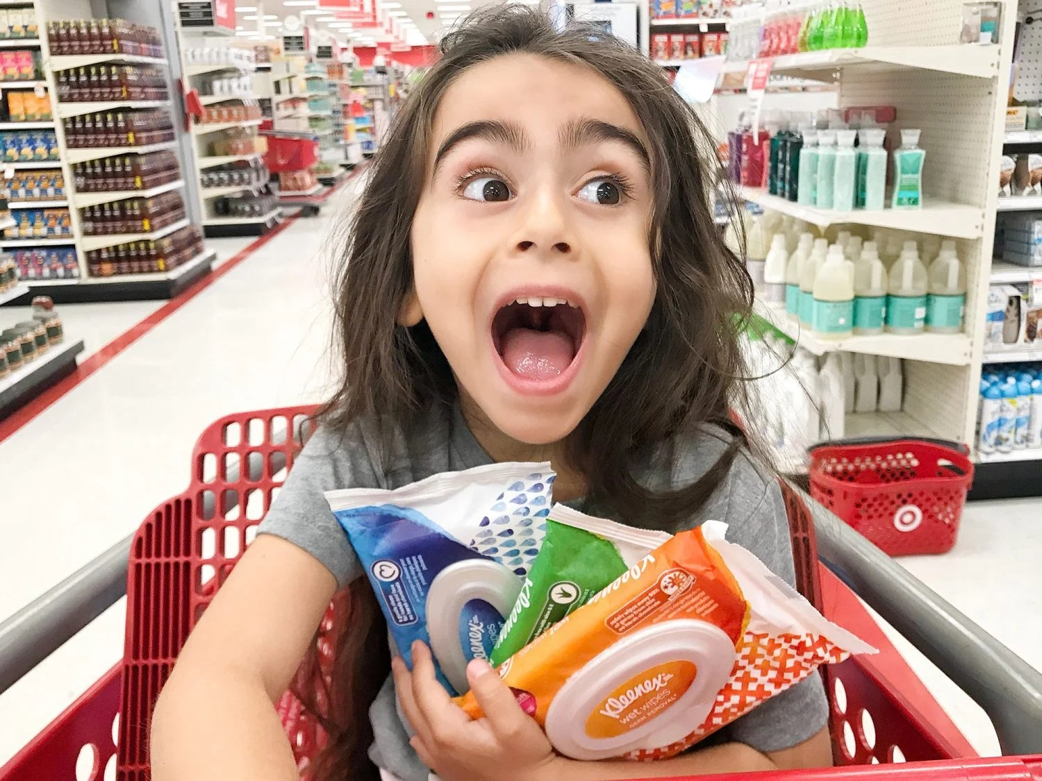 wet wipes, germs, sensitive skin, Kleenex Wet Wipes, Made for Doers, On The Go, No Harsh Chemicals, Kleenex, Target, staying healthy, 2018, mom blogger, blog, healthy lifestyle, healthy blogger