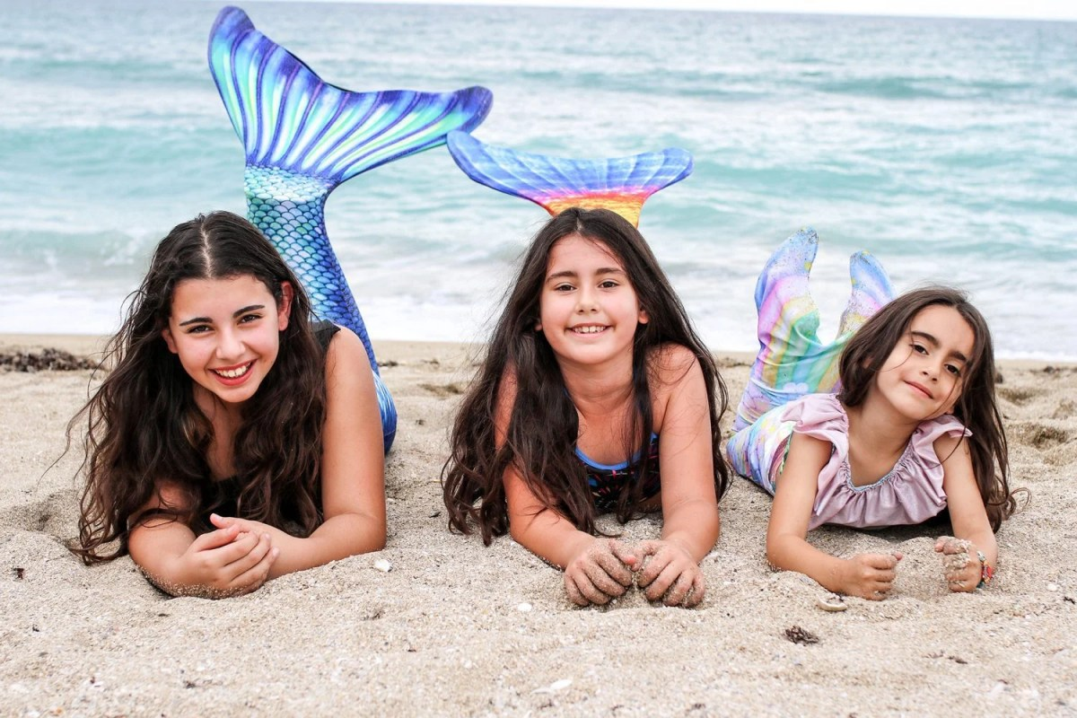 mermaid, fin fun, mermaid tail, mom blog, mom blogger, mommy blog, mommy blogger, 2018, family blog, parenting blog, the super mom life, thesupermomlife, travel blogger, parenting blogger, family blogger