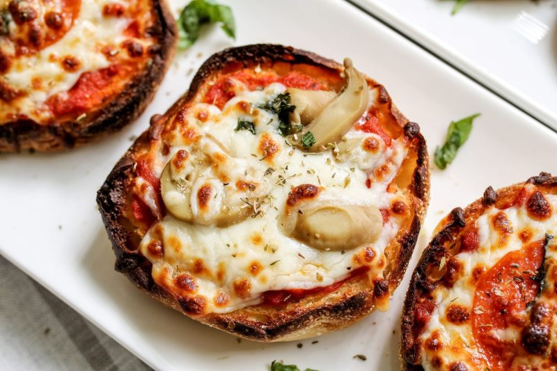 Party Pizzas w/ Bays English Muffins