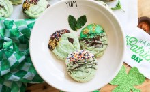 simple cookie recipe, easy cookie recipe, mint chocolate chip cookies, cookies for st. patricks day, cookie recipe, mint chocolate chip cookie, food for st. patricks day, recipes for st. patrick's day, st patty's day, kids, diy, 2019, ideas for st patrick's day, gifts for kids