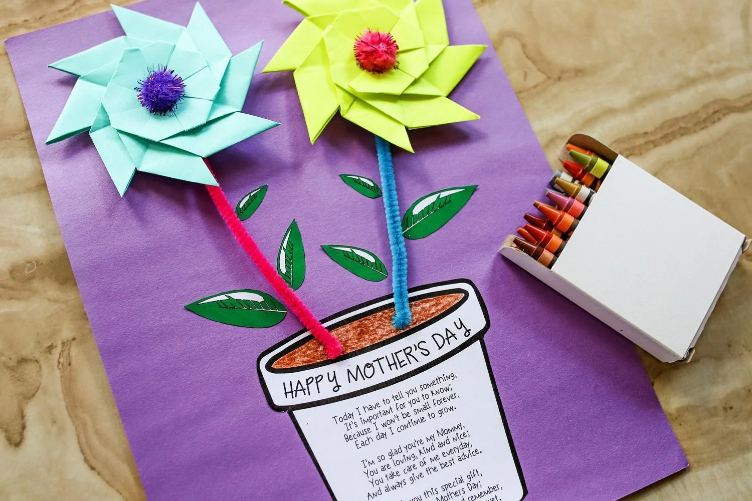 Happy Mother's Day printable flower pot craft with crayons