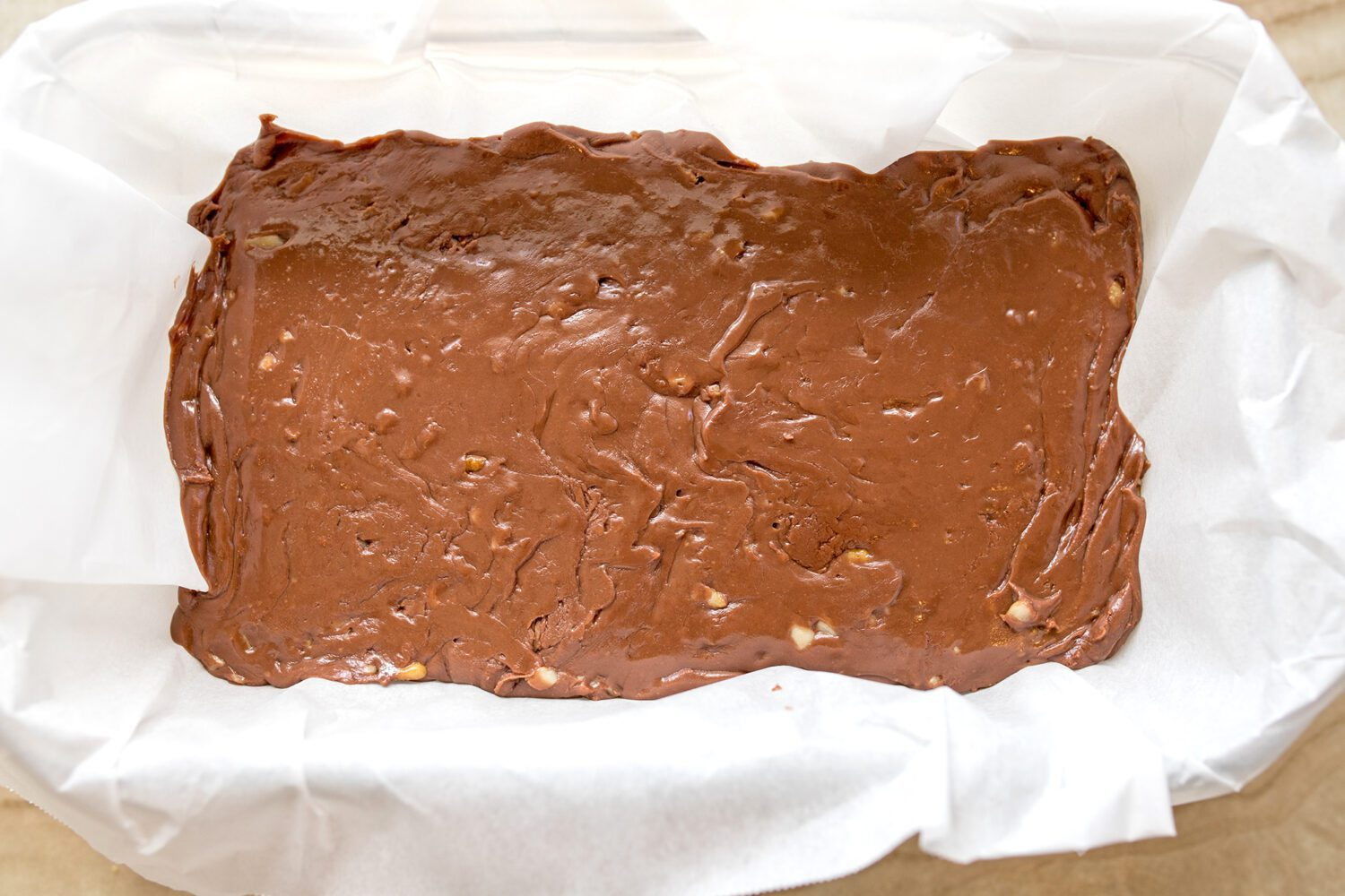 even layer of fudge in a loaf pan