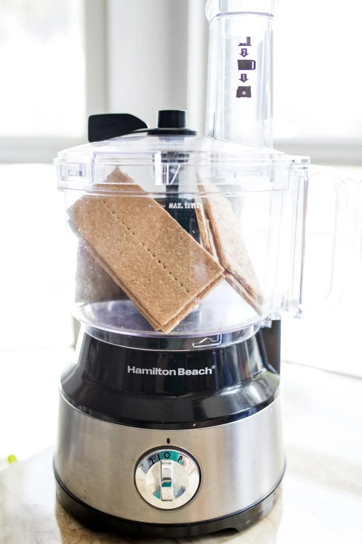 graham crackers inside of a food processor