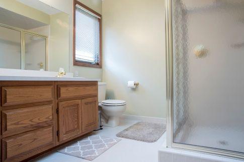 29 Main Bath