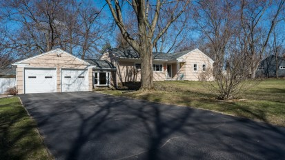 SOLD – 1600 Weymouth, West Bloomfield