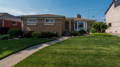 SOLD – 22619 Shorewood, St. Clair Shores