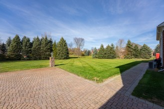 3660 Windy Knoll Rochester