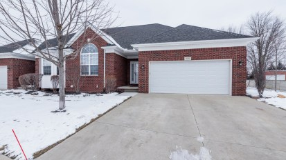 SOLD – 3733 Pointe Dr, Sterling Heights