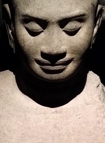 Exposition Angkor au Musée Guimet - statue de Jayavarman VII