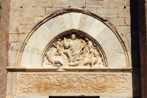 Tympan de la cathédrale Saint-Pierre-et-Saint-Paul de Maguelone