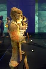 Splendeurs des Han - Musée Guimet - 07 - Statuette en terre