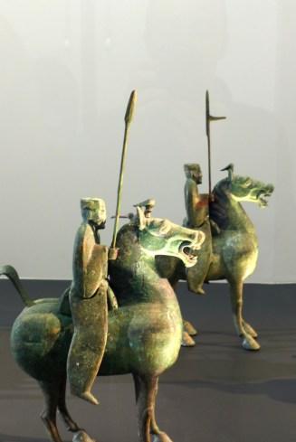 Splendeurs des Han - Musée Guimet - 17 - Cortège funéraire en bronze