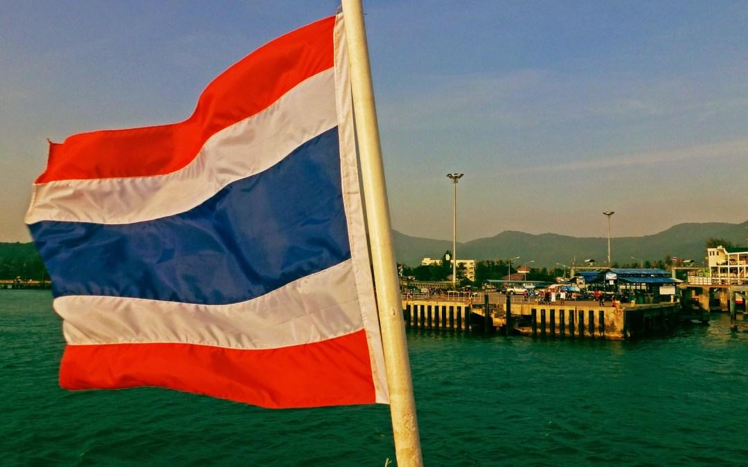 Partir pour Krung Thep, ville des anges, grande ville, résidence du Bouddha d'émeraude… Bangkok