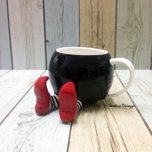 cup with legs