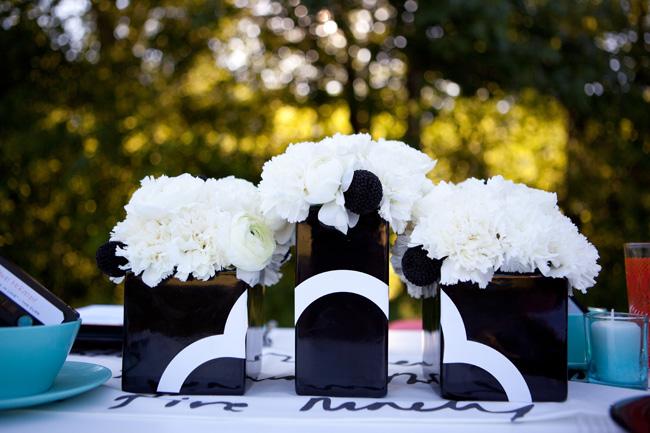 Modern-black-white-teal-wedding-ideas