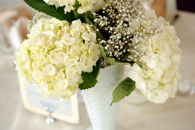 Diy-budget-friendly-wedding-flowers
