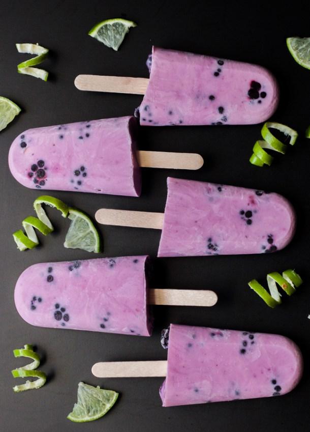 Paletas de Yogurt con Moras