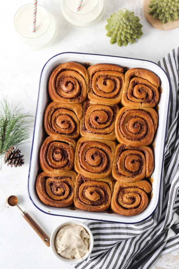 Pan of gingerbread cinnamon rolls.