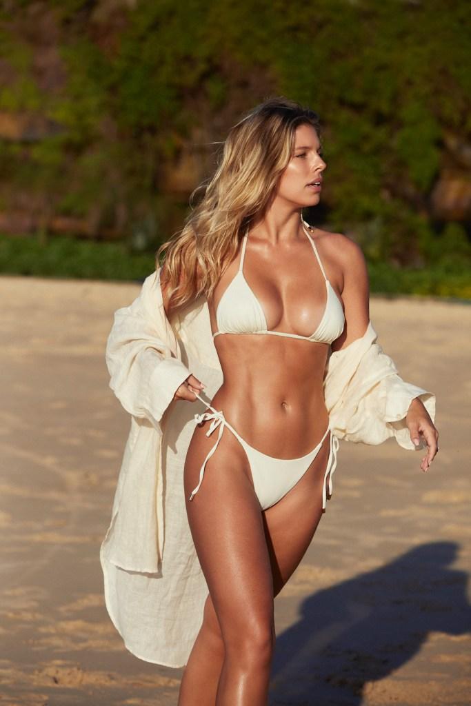 IMG 1468 Natasha wears Monday Swimwear