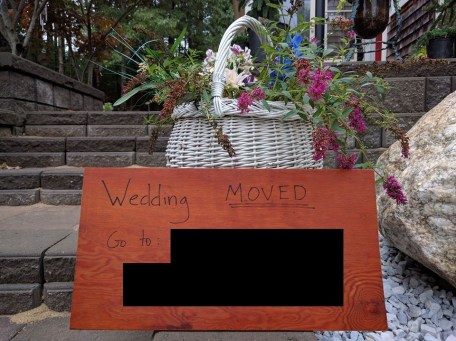 wedding-moved-sign