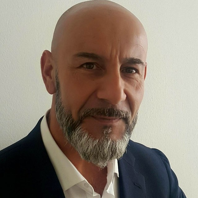 Nicola Viceconti, author or Come With Me, interview on The Table Read