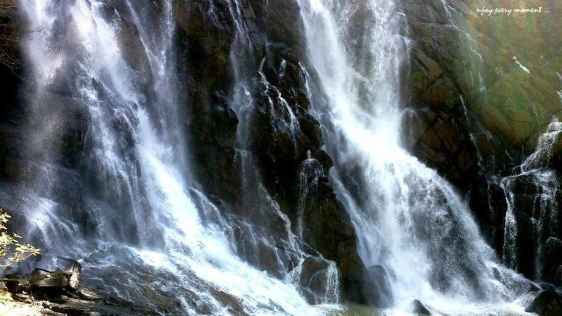 places to see in wayanad - meenmutty waterfall