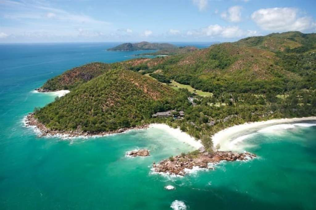 where to stay in Praslin - constance