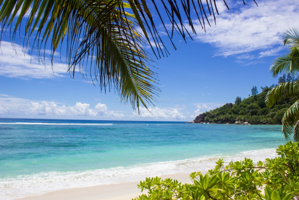 seychelles-travel-guide-itinerary-beaches-in-mahe-seychelles