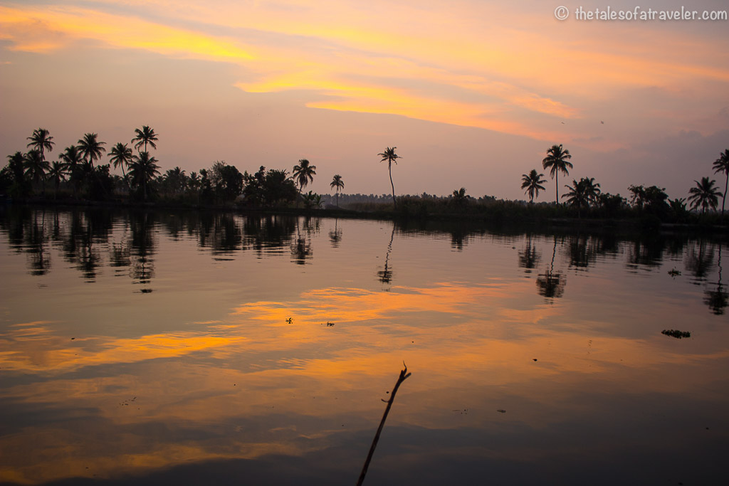 Houseboat stay in Kerala evening sunsets