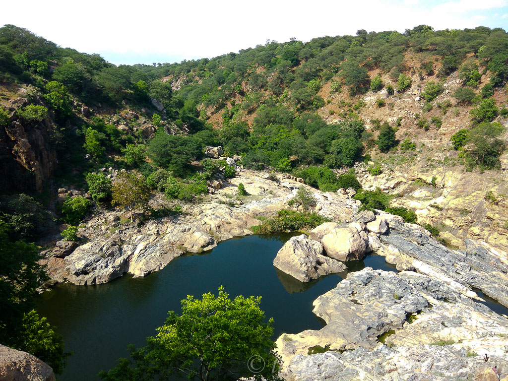 day-trip-bangalore-to-chunchi-waterfall-15