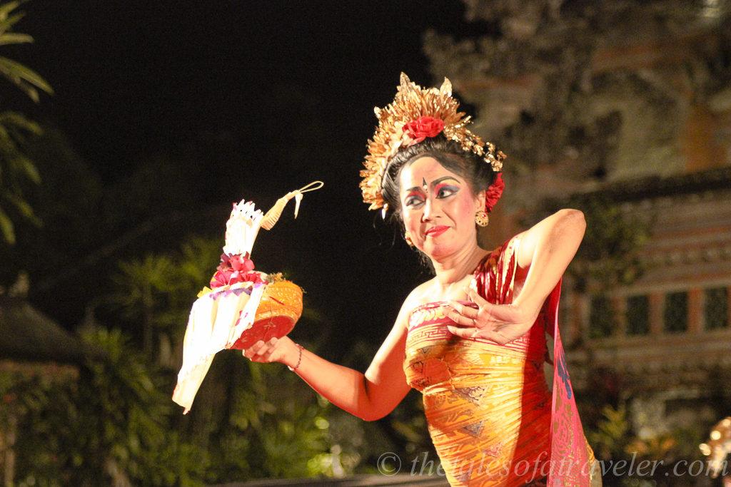 Kecak dance at Pura Taman Saraswati Temple