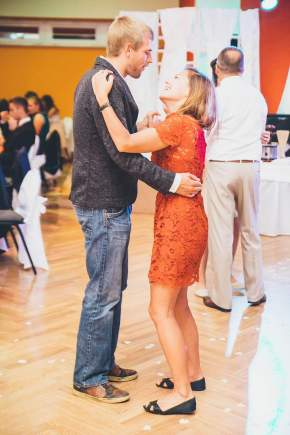 A dancing couple at a wedding in Poland