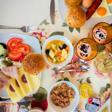 Breakfast at Hotel Emiran