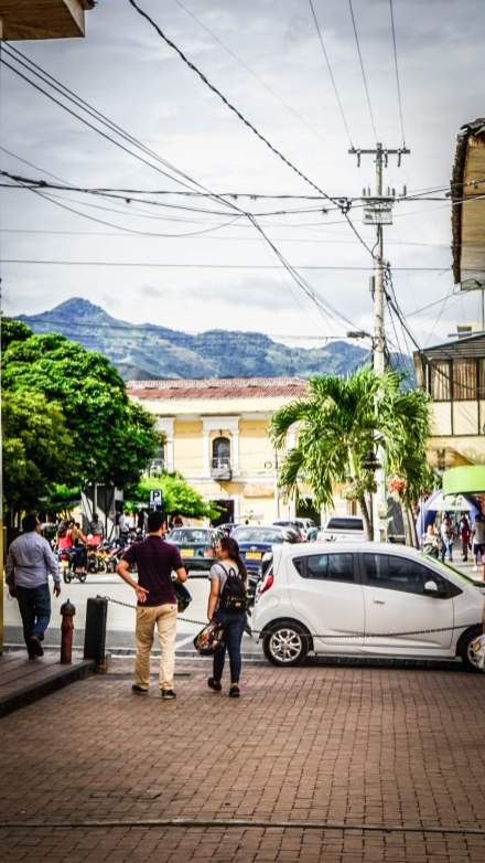 Roldanillo, town in Colombia