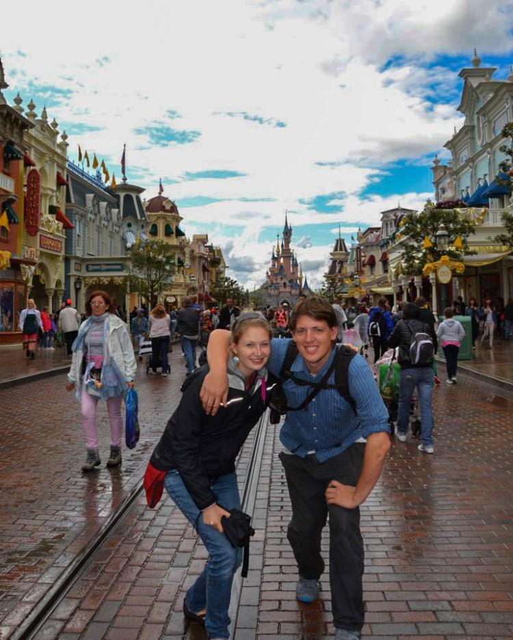A couple in Disneyland Paris