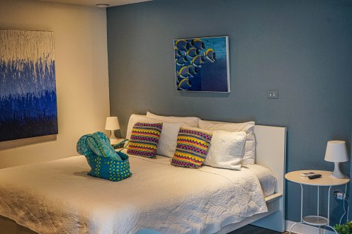 bed room of JFKey Home: Azul Apartment
