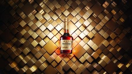 Hennessy VS beauty shot 1