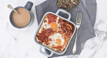 Baked beans with chorizo, egg and feta