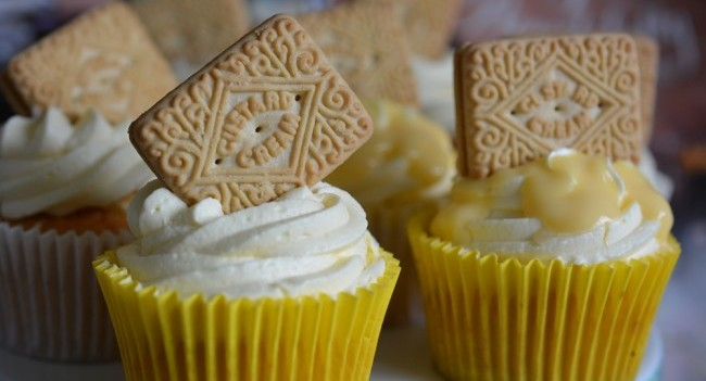 Custard cream cupcakes Karyn Ryan