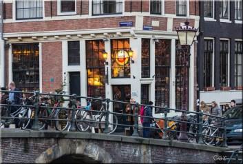 Cafe papeneiland Amsterdam